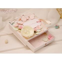 Коробочка для денежного подарка с открыткой и подарочным пакетом на свадьбу