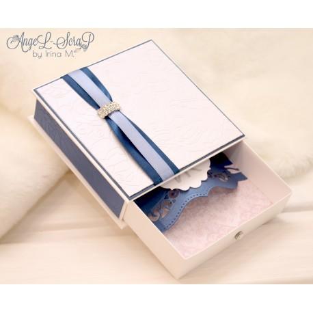 Коробочка для денежного подарка в тканевой обложке