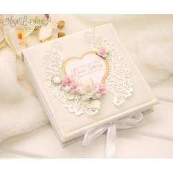 Коробочка для денежного подарка или сертификата на свадьбу Love Story