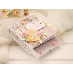 Коробочка для денежного подарка с открыткой (персико-бежевая))