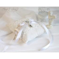 Комплект свадебный: папка для свидетельства о браке и подушечка для колец